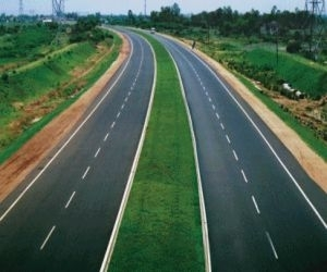 SREI Infrastructure jumps 4% as Bharat Road Network IPO opens on September 6