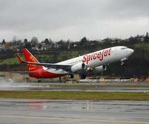 SpiceJet plans to buy 50 turboprop planes for $1.7 billion