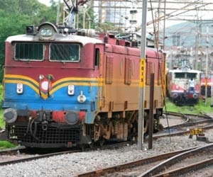 Railways comes up with 'concrete' solution to problem of garbage on tracks
