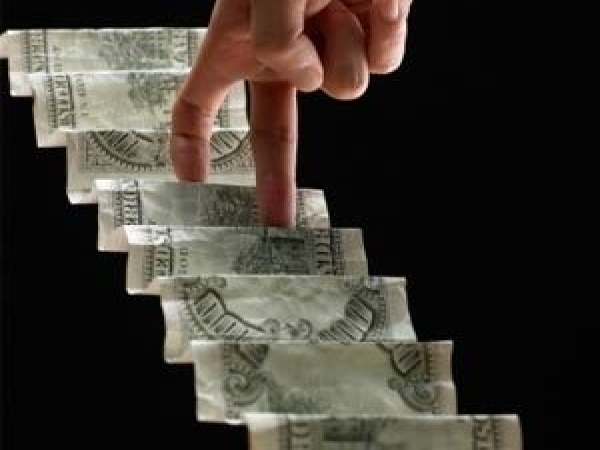 Beg, borrow or steal! 10 must have stocks for your portfolio in 2014