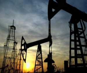 Crude Oil prices to trade lower: Angel Commodities