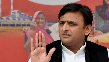 Akhilesh Yadav suggests CBI probe into Gorakhpur hospital death