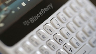 BlackBerry misses Q1 forecasts, shares slide as services sales fall