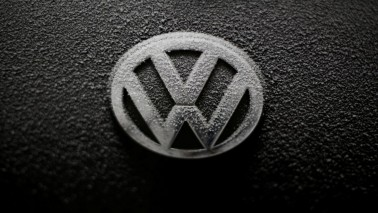 US, California approve fix for 38,000 Volkswagen diesels