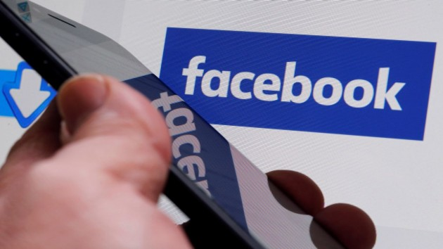 Facebook launches US food order and delivery service