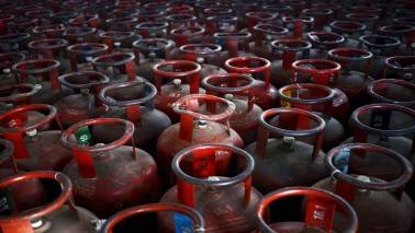 After Rs 76.5 per cylinder hike, oil cos skip LPG price revision