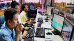 Market Live: Nifty off early high after hitting 10,000; banks lead, IT & pharma dip