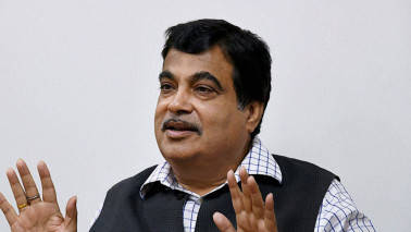 Hope to achieve 40km of road construction by end of March 2018: Nitin Gadkari