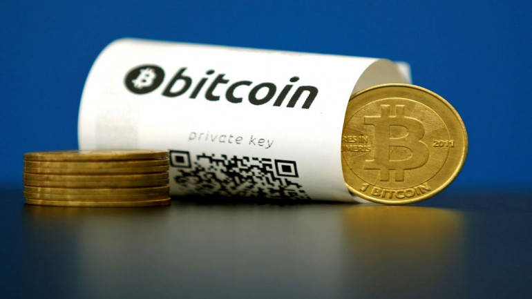 Bitcoin breaks past $1500-mark, could crack $1600 soon