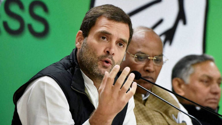 Rahul Gandhi holds key strategy meeting with Congress leaders