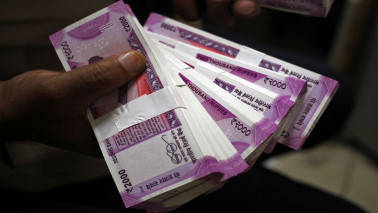 Rupee rallies for 4th straight day, spikes 28 paise