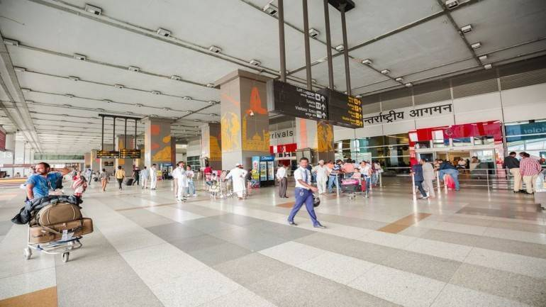 4 key pvt airports need Rs 27,000cr to expand capacity: Crisil