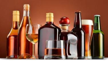 Supreme Court to hear pleas against ban of liquor shops along highways