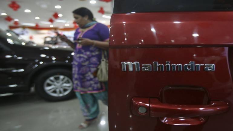 M&M's market share in UVs hits 10-year low as Maruti & Hyundai strengthen their lead