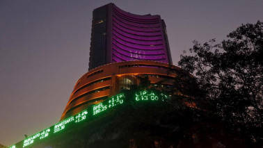 Bulls take Sensex to mount 31K, Nifty scales 9600, but settles a tad below