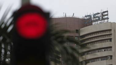 Market Live: Sensex falls 100 pts, Nifty below 9300; Midcap continues to outperform
