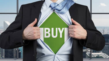 Buy Indian Bank, M&M, IRB Infra, PC Jeweller: Mitessh Thakkar
