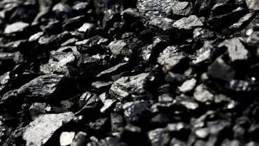 India's first-quarter coal imports fall 8.1 percent