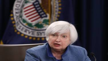 Fed's Janet Yellen says gradual hikes should continue, despite weak inflation