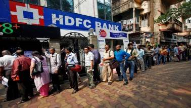 Hold HDFC Bank, advises Avinnash Gorakssakar
