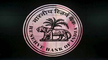 RBI restricts FIIs to buy shares in Capital First