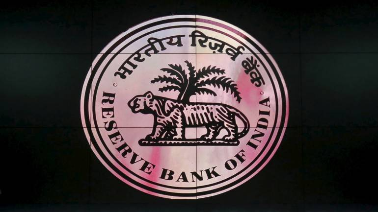 Pressure mounts on RBI to cut policy rate, say experts