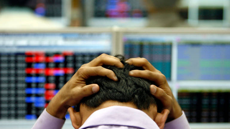 Global selloff weighs on market; Sensex falls over 200 points, Nifty ends below 9500
