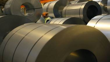 Global steel output rose in March
