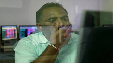Market Live: Nifty extends losses, Sensex falls 150 pts; HDFC twins drag