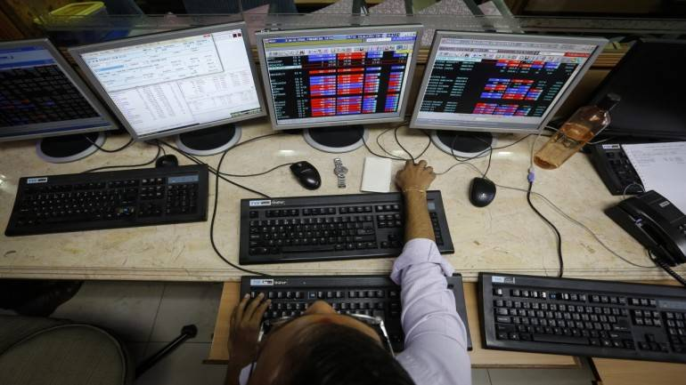 Closing Bell: Nifty closes at fresh high, Sensex ends over 100 pts higher; metals, pharma gain