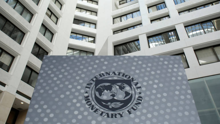 IMF cautions India against rising corporate debt; forecasts 7.2% growth in 2017