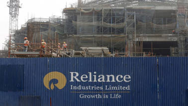 Reliance gains over 2% after Goldman hikes target price to Rs 1,205; sees upside of 25%