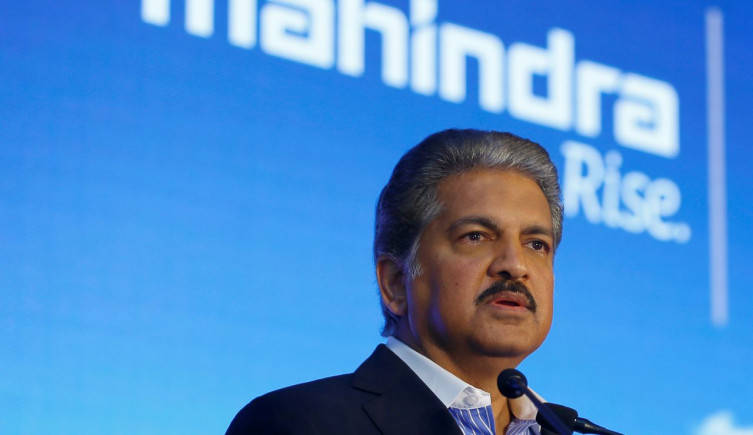 Anand Mahindra calls for incentives to electric vehicle buyers