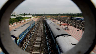 Railways to manufacture high-speed freight locomotives