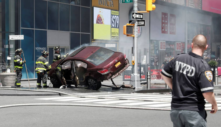 New York: Car slams into Times Square pedestrians, killing one, injuring others