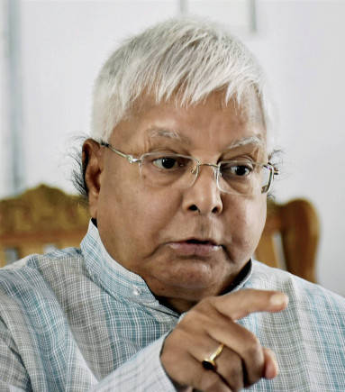 Lalu appears before special CBI courts