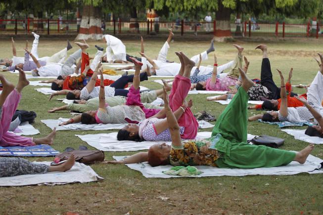 Yogi government to invite Akhilesh, Mayawati to June 21 yoga event