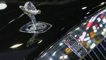 Rolls-Royce creates cross-business data unit to drive efficiency