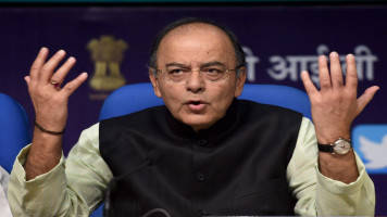 Not considering ban on Rs 2,000 notes: FM Arun Jaitley
