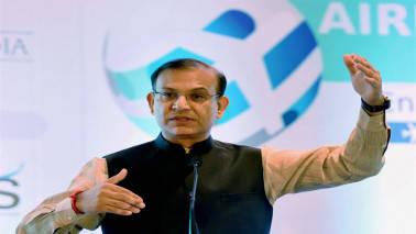 Airlines must give 'frequent & honest' info on delays: Jayant Sinha