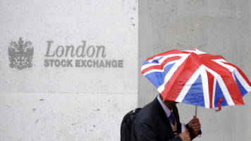 London finance chief sees fewer jobs shifting because of Brexit