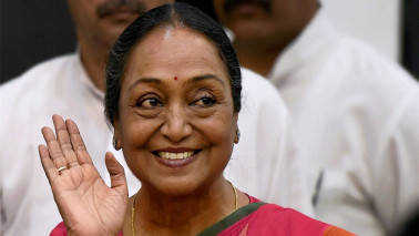Meira Kumar files nomination for president