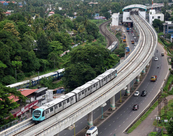 Kochi Metro to begin commercial operations from today