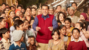 Salman Khan's Tubelight flickers with flat collections on day 2