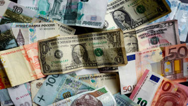 Forex kitty at record high of $381.95 billion
