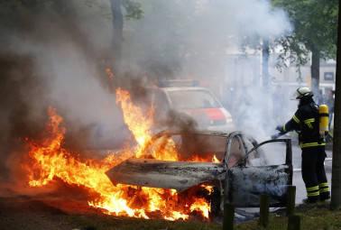 BSP leader Rajesh Yadav shot dead near Allahabad University, supporters burn buses