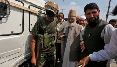 Terror funding: NIA arrests Geelani's son-in-law and 6 others