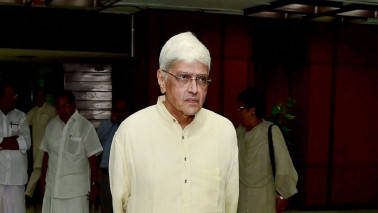 Gopalkrishna Gandhi files nomination for vice president