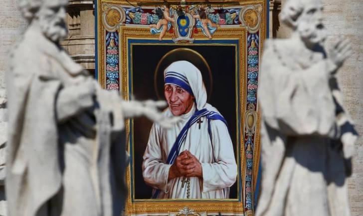 Saint Mother Teresa's blue-bordered sari an Intellectual Property now