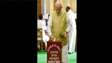 Presidential poll begins, PM Modi among first to vote